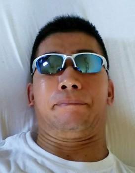 OAKLEYのカスタムオーダーメイドサングラス